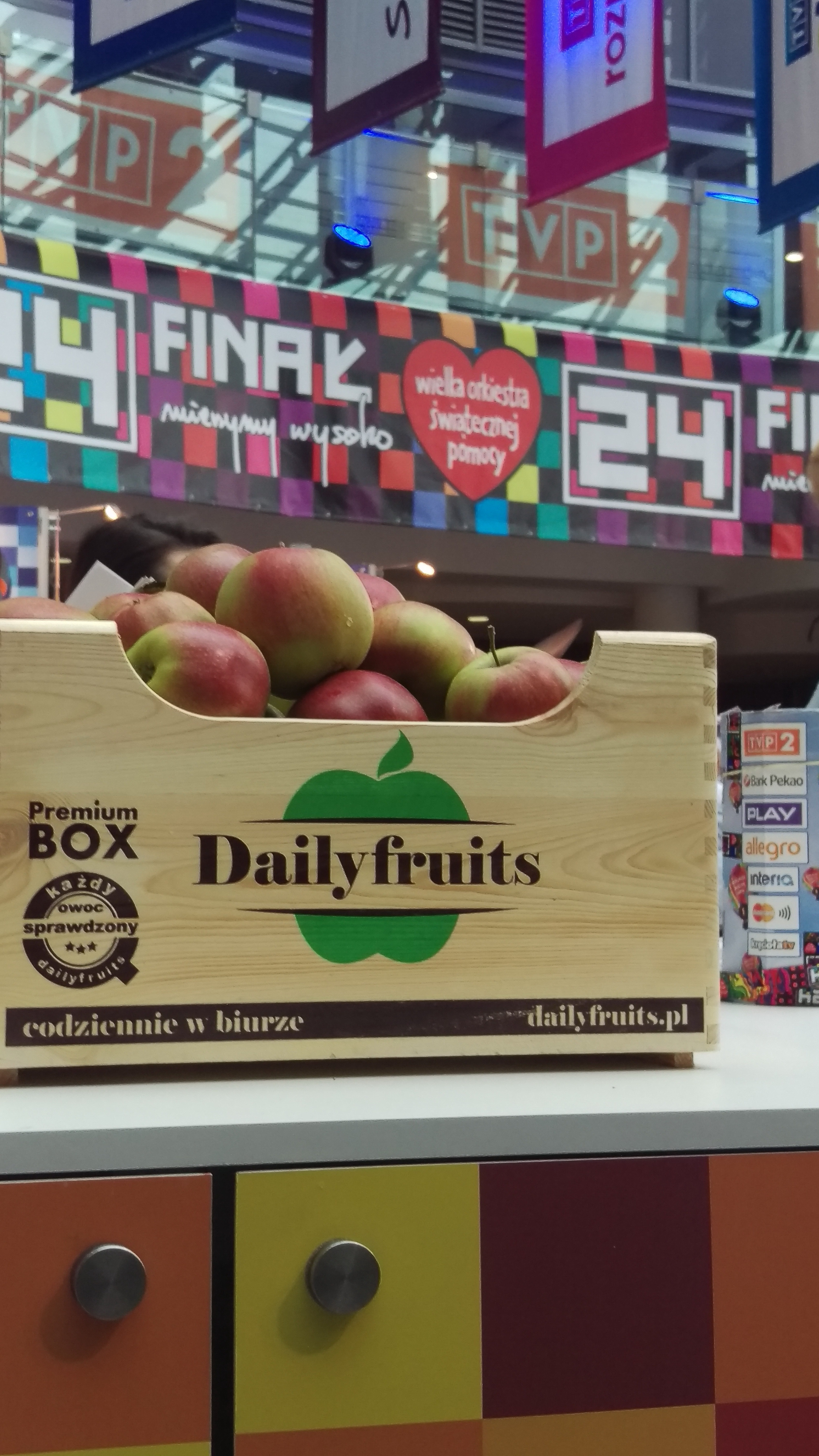Dailyfruits wspiera i pomaga