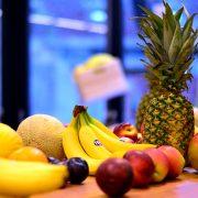 owoce w biurze