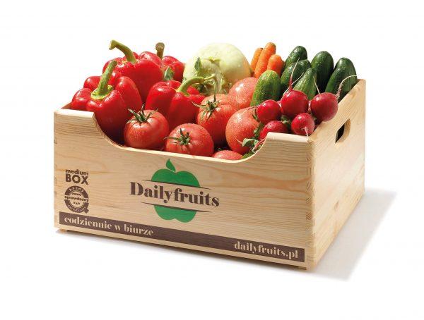świeże warzywa do biura = skrzynka